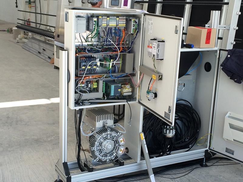 Instalaciones Eléctricas Industriales en Media y Baja Tensión